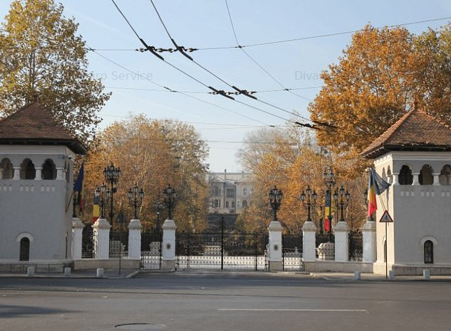 Vanzare teren 802mp Cotroceni Palat ideal constructie imobil rezidenta - imaginea 1