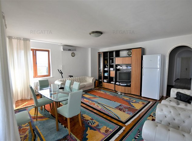 Apartament 4 camere, spatios - imaginea 1