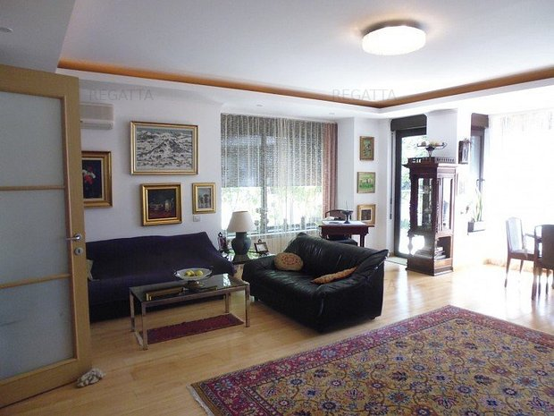 Vila de vanzare 5 camere zona Baneasa area, Bucharest 235 mp  - imaginea 1