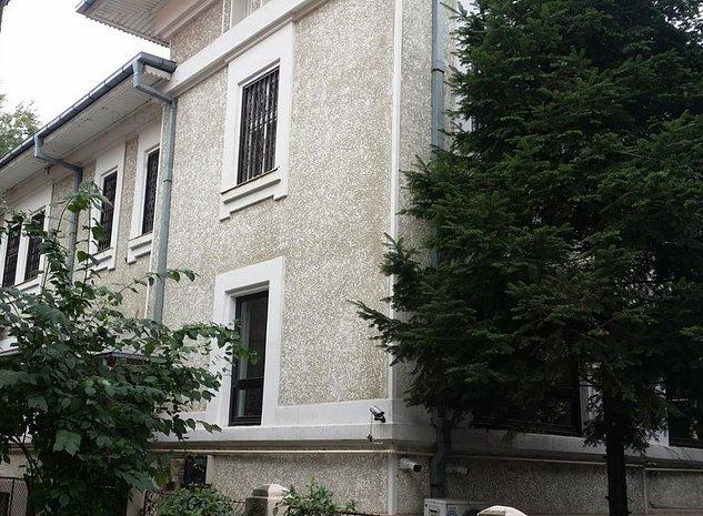 Vila de vanzare zona Cotroceni 12 camere, Bucuresti - imaginea 1