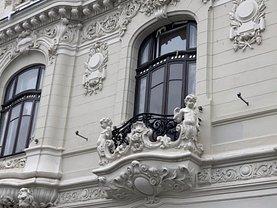 Casa de vânzare 30 camere, în Bucureşti, zona P-ţa Romană