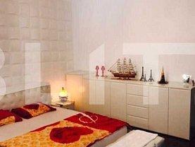 Apartament de vânzare 3 camere, în Cluj-Napoca, zona P-ţa Mihai Viteazul