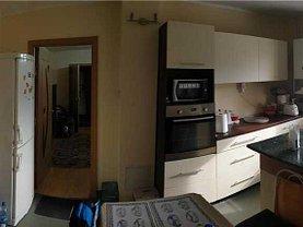 Apartament de vânzare 3 camere, în Timişoara, zona P-ţa Unirii