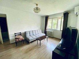 Apartament de vânzare 3 camere, în Arad, zona Romanilor