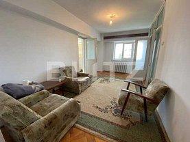 Apartament de vânzare 3 camere, în Craiova, zona Titulescu
