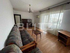 Apartament de închiriat 4 camere, în Iaşi, zona Centru Civic