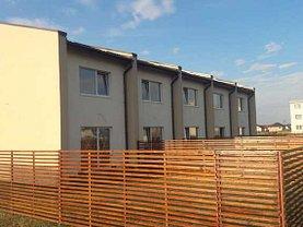 Casa de vânzare 3 camere, în Braşov, zona Periferie