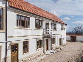 Casa de vânzare 8 camere, în Braşov, zona Exterior Vest