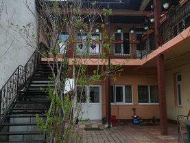 Casa de închiriat 9 camere, în Bucureşti, zona Vitanul Nou