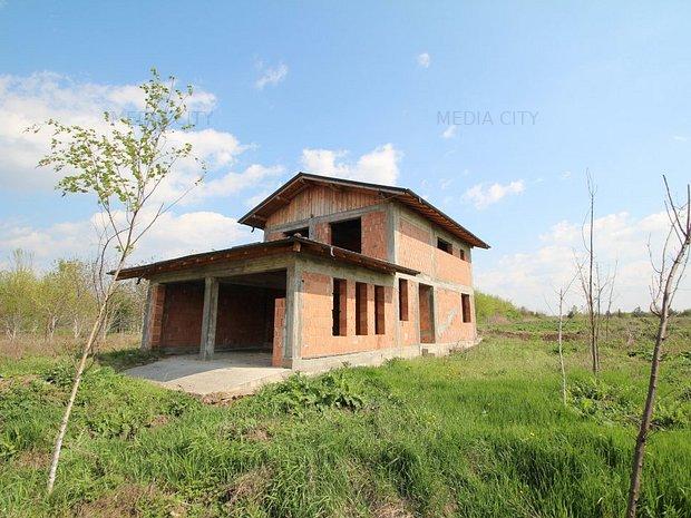 Vila individuala la rosu - Complex rezidential Paladin Residence, Corbeana - imaginea 2