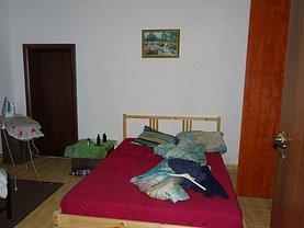 Casa de vânzare 2 camere, în Bucuresti, zona Calea Calarasilor