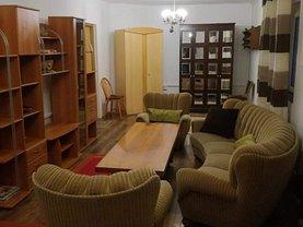 Apartament de închiriat 2 camere, în Ploieşti, zona Central