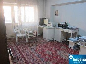 Apartament de vânzare 4 camere, în Iasi, zona Pacurari