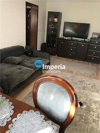 Apartament 4 camere, semidecomandat, Gara - imaginea 1