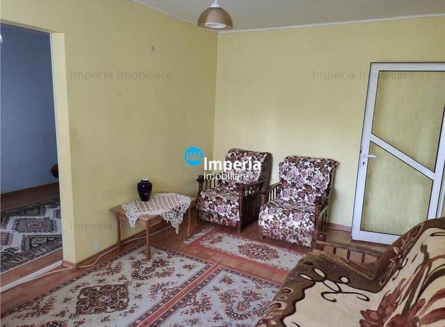 Apartament 2 camere, nedecomandat, de inchiriat, Alexandru cel Bun - imaginea 1