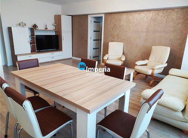Apartament 3 camere, decomandat, de inchiriat, Ultracentral - Palas - imaginea 1