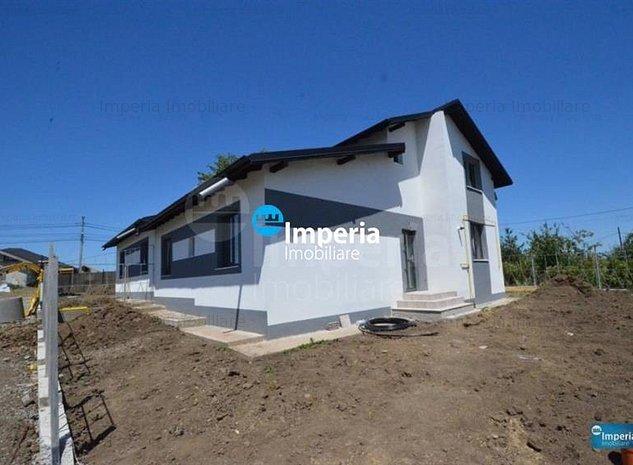 Casa de vanzare in Iasi Miroslava la strada principala la ASFALT, 2017 - imaginea 1
