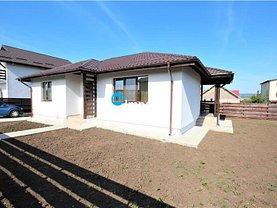 Casa de vânzare 3 camere, în Lunca Cetăţuii, zona Lunca Cetăţuii