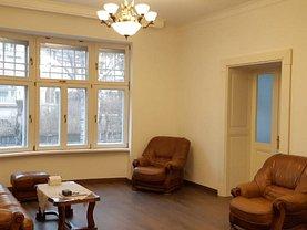 Casa de închiriat 4 camere, în Târgu Mureş, zona Platou
