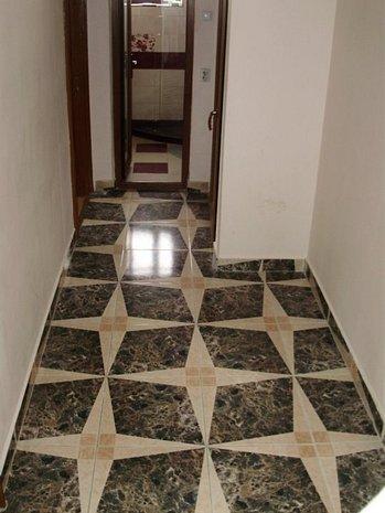 Apartament 3 camere, situat ultracentral, etaj intermediar [615] - imaginea 1