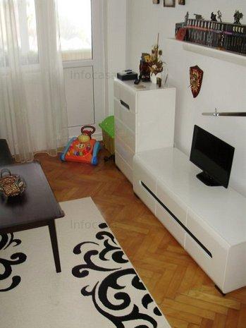 Apartament 2 camere, modernizat si amenajat la cheie[256] - imaginea 1
