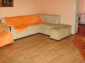 Casa de închiriat 4 camere, în Buzau, zona 23 August