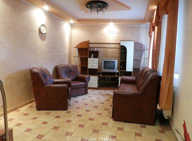 Casa individuala in zona centrala idela pentru familie sau firma - imaginea 1