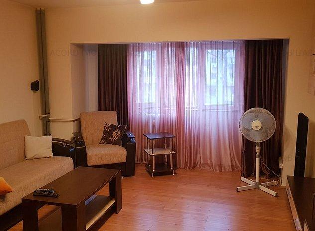 BD MAMAIA-apartament 3 camere decomandat - imaginea 1