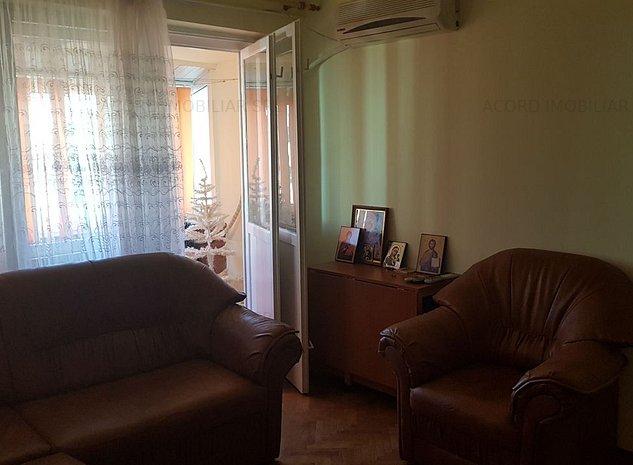Tomis 1 spitalul judetean apartament 3 camere liber - imaginea 1