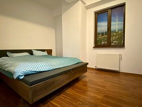 Apartament de vânzare 3 camere, în Constanţa, zona ICIL