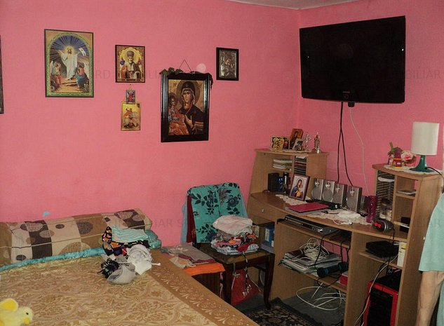 Casa / Vila cu 4 camere de vanzare in zona Anda - imaginea 1