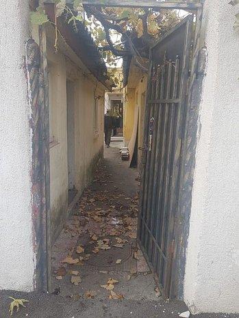 Casa de vanzare - imaginea 1