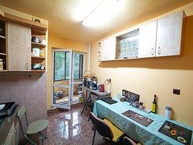 Apartament de vânzare 3 camere, în Arad, zona Ultracentral