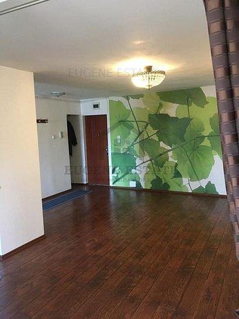 Apartament cu 3 camere renovat in Buziasului - imaginea 1