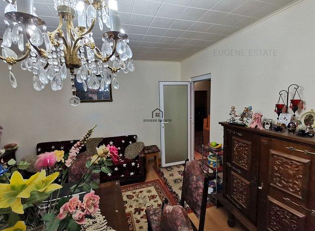 Apartament 4 camere zona Dambovita - imaginea 1