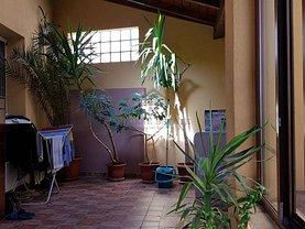 Casa de vânzare sau de închiriat 4 camere, în Timisoara, zona Balcescu