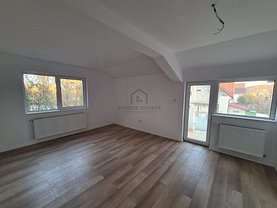 Casa de vânzare 4 camere, în Dumbrăviţa, zona Nord-Est