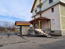 Casa de vânzare sau de închiriat 30 camere, în Timişoara, zona Mircea cel Bătrân