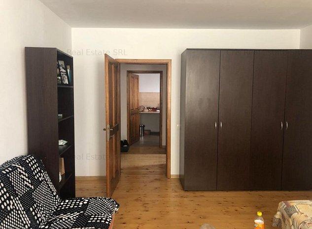 CHIRIE ap.1 camera in casa renovata zona Lic.UNIREA, aproape si de UMF - imaginea 1
