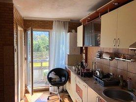 Apartament de vânzare 3 camere, în Târgu Mureş, zona Cornişa