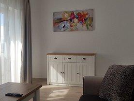 Apartament de închiriat 3 camere, în Sibiu, zona Tineretului