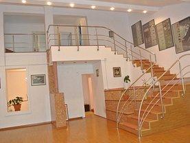 Casa de închiriat 7 camere, în Timisoara, zona Elisabetin