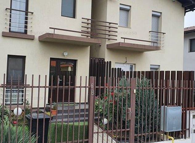 Casa in duplex cu spatiu intre constructii - imaginea 1