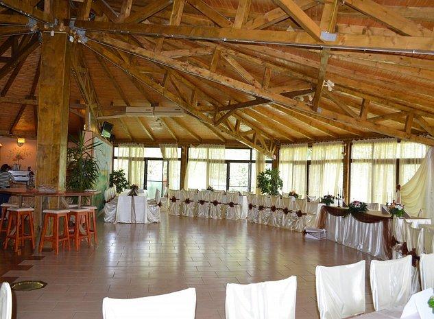 Restaurant + sala evenimente - imaginea 1