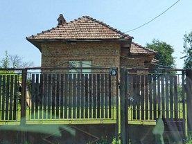 Casa de vânzare 2 camere, în Râmnicu Vâlcea, zona Exterior Nord