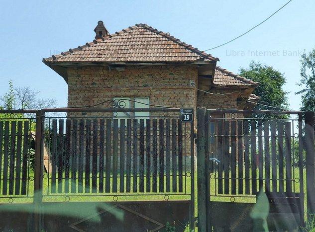 Vanzare casa Fedelesoiu - imaginea 1