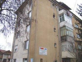 Apartament de vânzare 2 camere, în Motru, zona Central