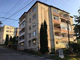 Apartament de vânzare 4 camere, în Cehu Silvaniei