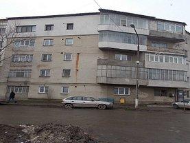 Apartament de vânzare 2 camere, în Barlad