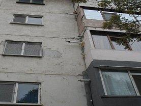 Apartament de vânzare 3 camere, în Galati, zona Garii